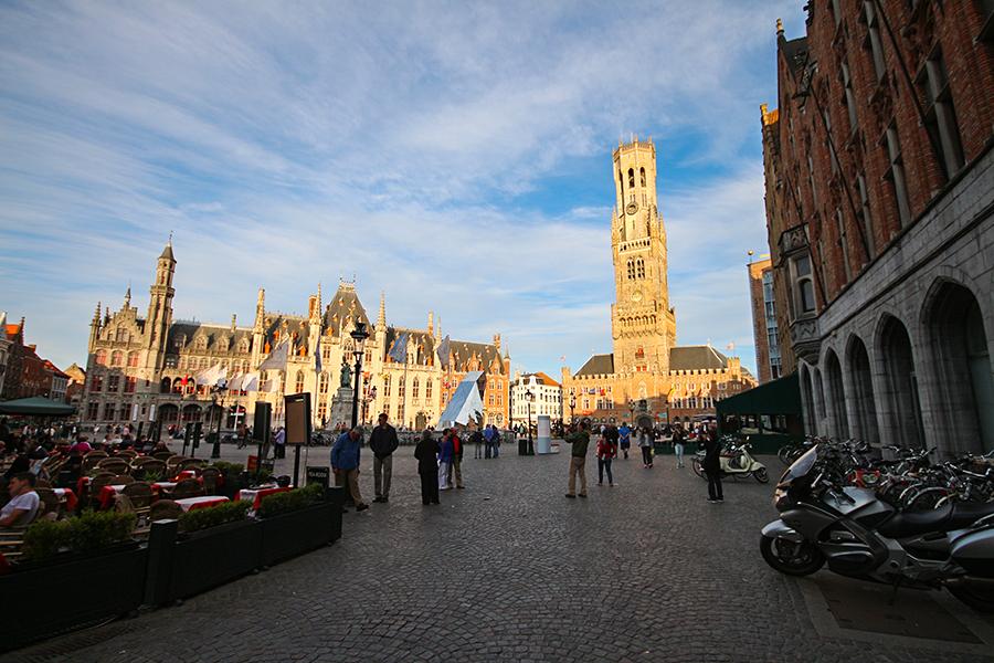 Grote Markt Meydanı