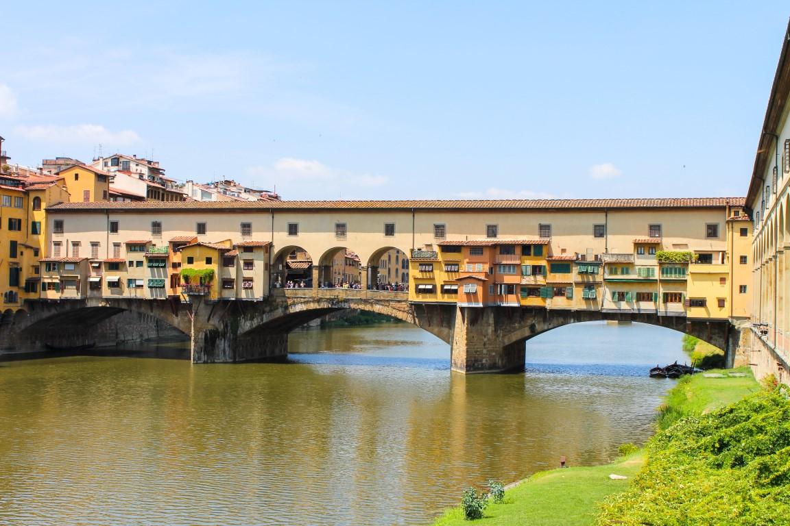 Vecciho Köprüsü